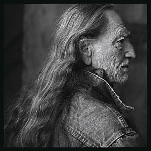 """""""Eu o encontrei em seu rancho no Texas. Fiquei tão contente com as fotos. Eu penso em Sansão e Dalila, seu cabelo grande, quando ele balança o cabelo é algo para se olhar. Quando olho esta foto, eu penso em um índio""""."""
