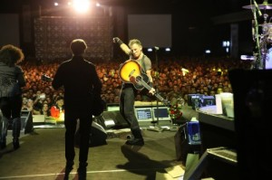 Bruce em show no Espaço das Américas, em São Paulo, em 18 de setembro. Fotos: Sites oficial BS