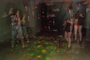 Banda Subburbia, de Curitiba, abriu o show da Collen na Neu