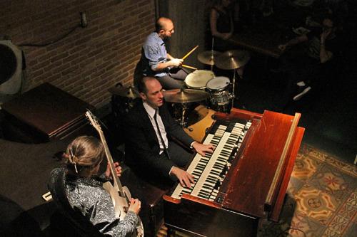 Hammond Grooves em apresentação no JazzB, centro de São Paulo. Foto: Rafael Gushiken