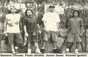 Foto antiga da banda santista White Frogs