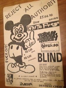 Cartaz clássico de um dos shows em Santos, datado de 15/04/1995.