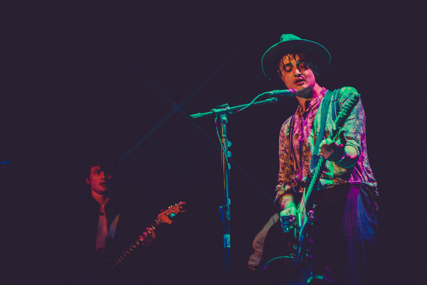 Pete Doherty e Guitarrista Jack Jones
